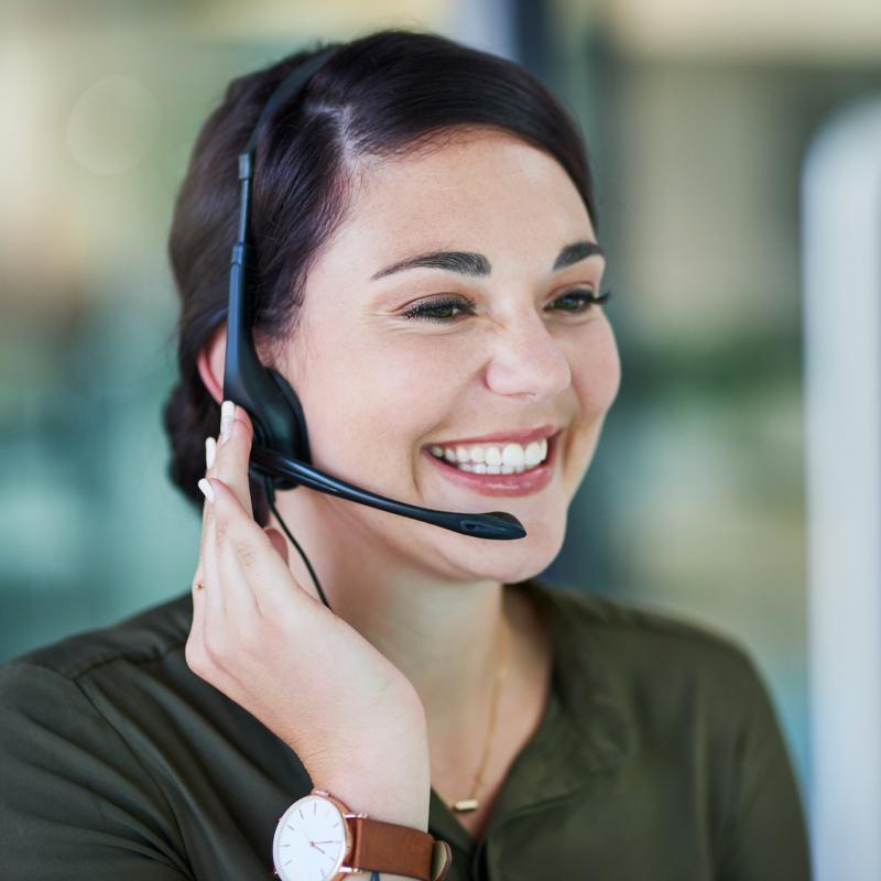Women answering calls, call centre